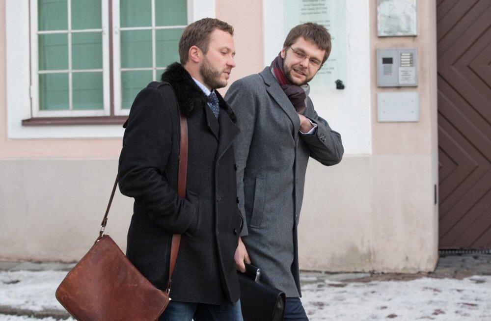 IRL-i esimees Margus Tsahkna (vasakul) ja sotside juht Jevgeni Ossinovski lahkusid eilselt arutelult teadmisega, et mitu oravate blokeeritud ideed saab nüüd käiku lasta.