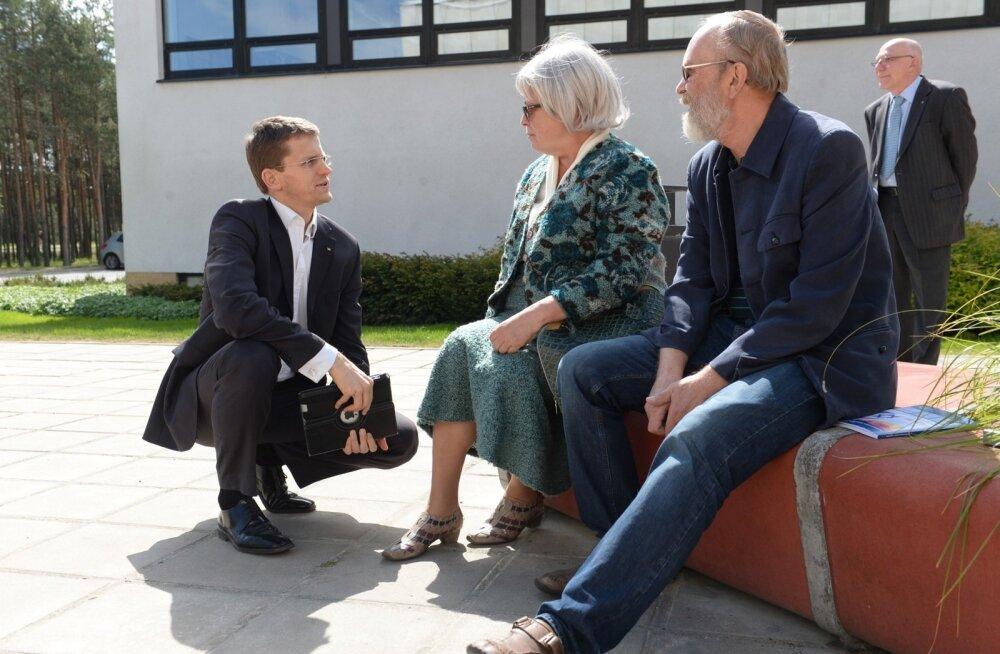 Ken-Marti Vaher enam valijate ette kükakile ei lasku, sest erakonna kauaaegne peaideoloog lahkub Eesti poliitikast.