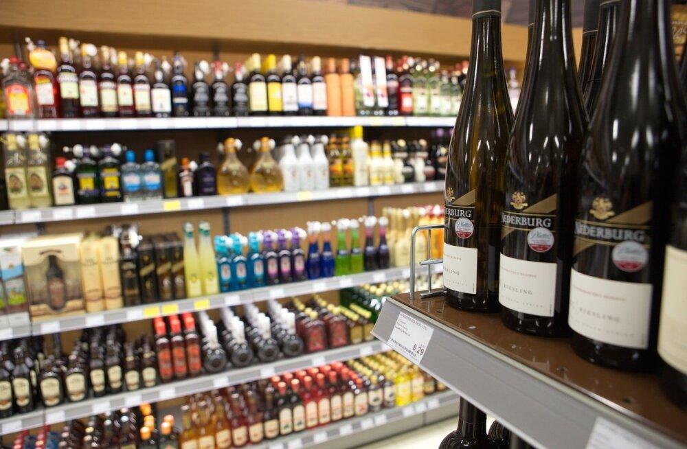 Eestlaste isu kange alkoholi järele kasvab detsembrikuus hüppeliselt