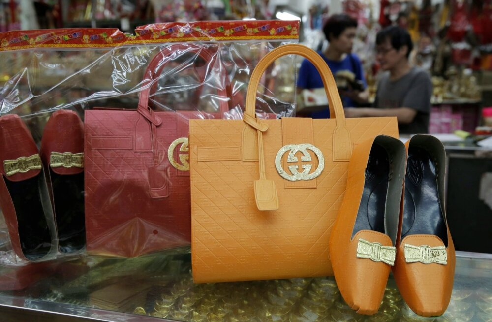 Luksuskaupadest suureneb sel aastal kõige kiiremini jalanõude ja kottide müük.