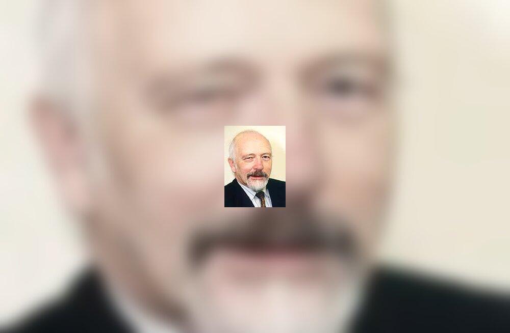 Maksukonsultant Enn Roose on surnud