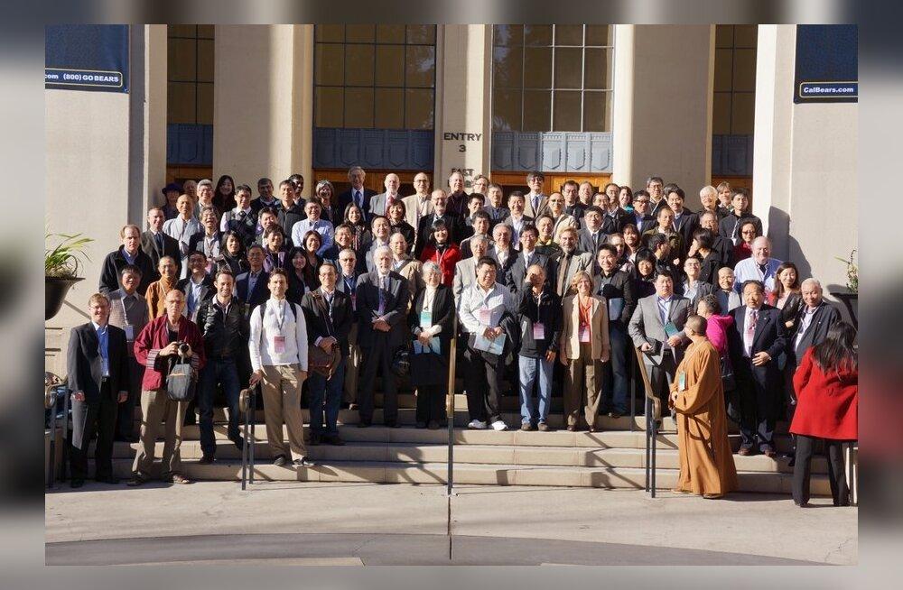 Vello Väärtnõu esitles oma uut teadusprojekti, Hiina Budismi Entsükolpeediat tippkonverentsil Berkeley ülikoolis USA-s