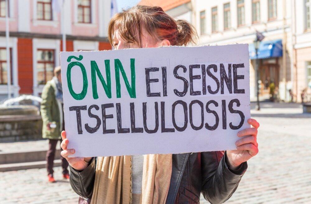 Protestiaktsioon tselluloositehase rajamise vastu