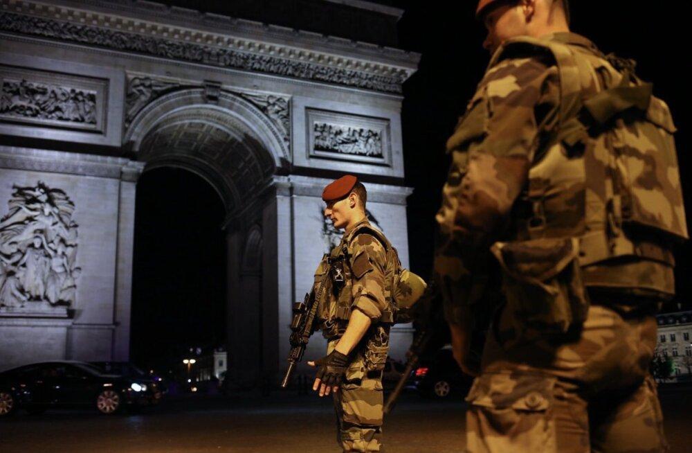 Стрельба в Париже: что мы знаем о нападавшем