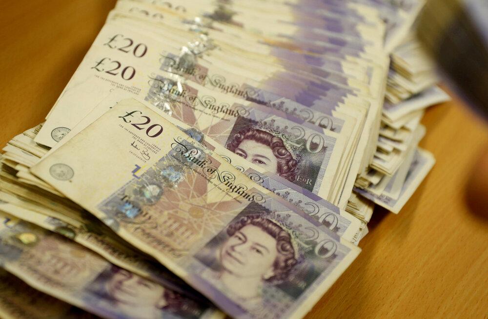 Briti suurfirmade juhid teenisid kolme päevaga rohkem kui tavatöötajad aastaga