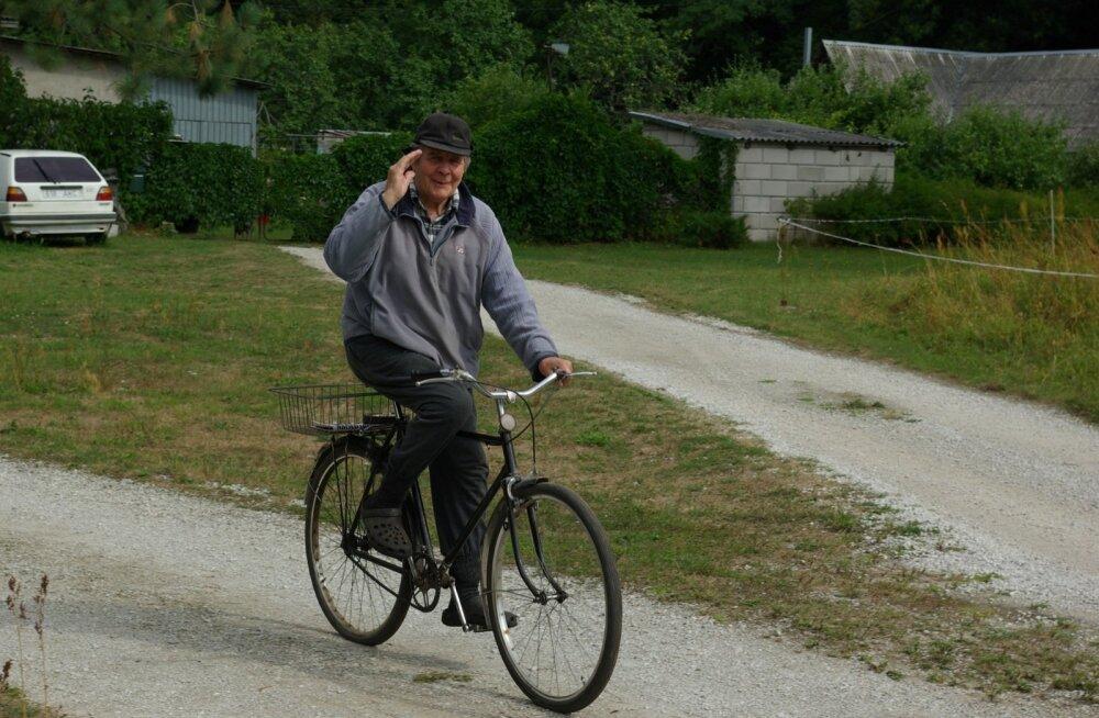 Saaremaalt Lohusalu valda kolinud Heldor Kiili armastasid kõik kohalikud inimesed.
