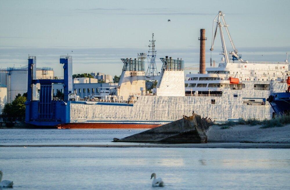 """""""Peterburg"""" sadamas"""