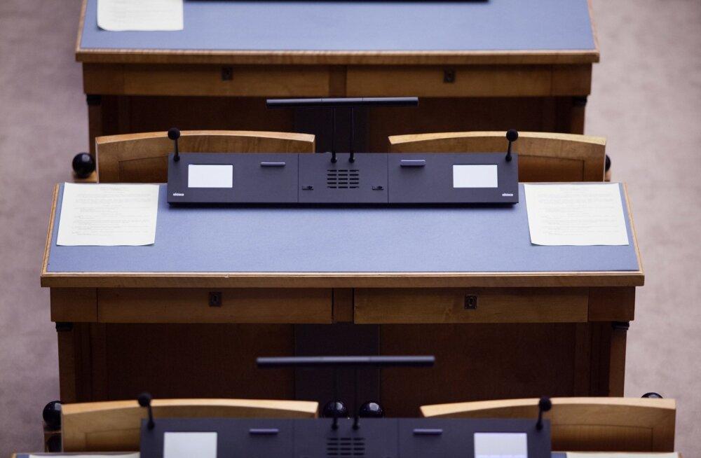 JUHTKIRI | Valija ootab oma saadikutelt otsustamist