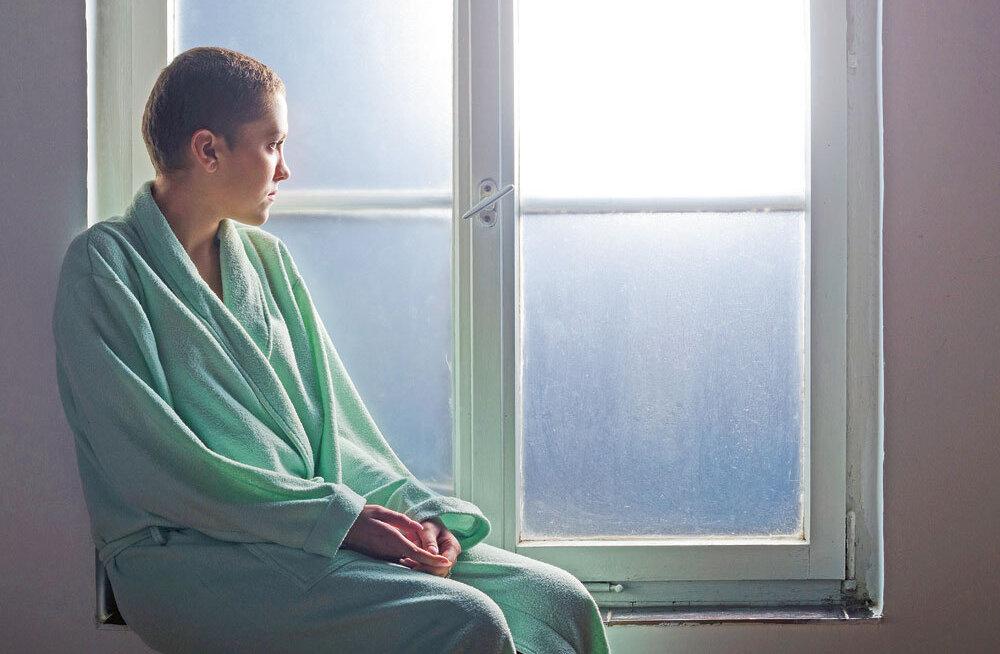 Koduõde aitab vähihaigel ka valust jagu saada