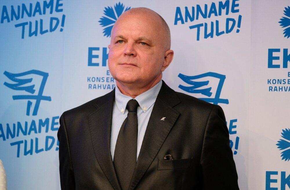 Urmas Reitelmann avalikus kirjas ministritele: peaks taastama šokivangistuse alaealistele kurjategijatele
