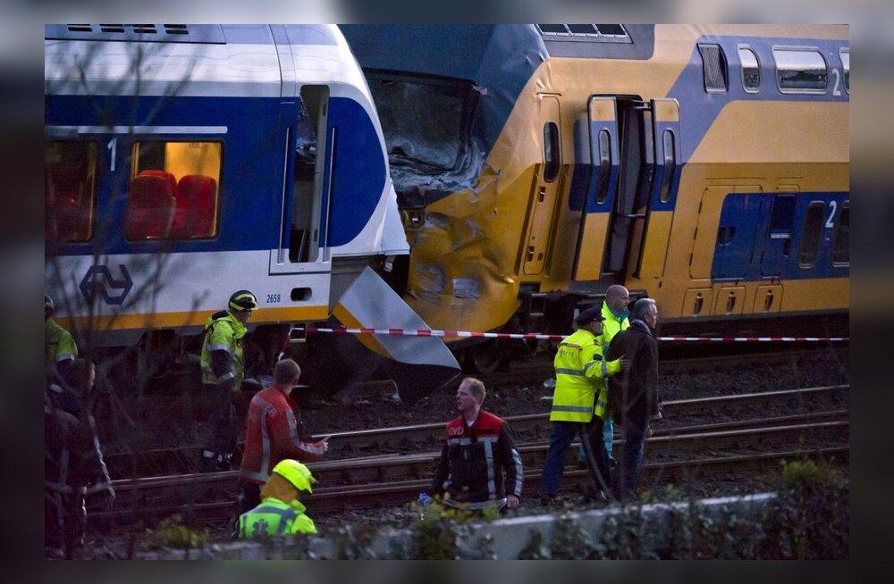 Ajaleht: Hollandis õnnetusse sattunud rongi juht ei märganud punast tuld