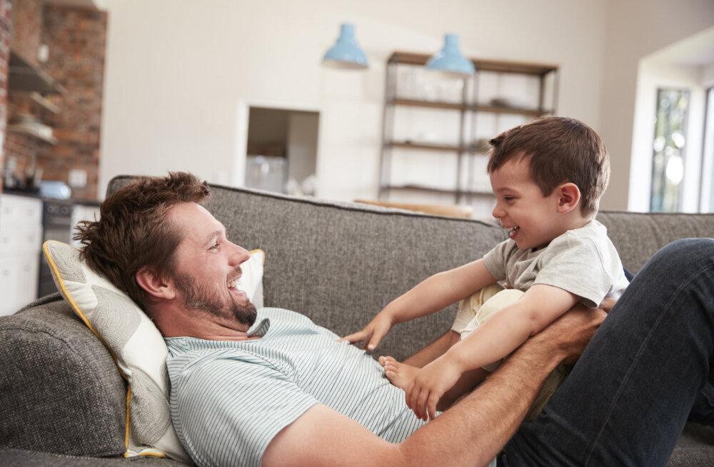 Need on asjad, millega arvestada, kui ema asemel jääb lapsega koju hoopis isa