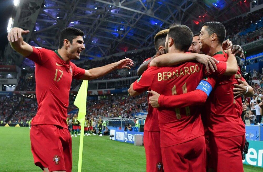 Portugal asus mängu Cristiano Ronaldo väravast juhtima.