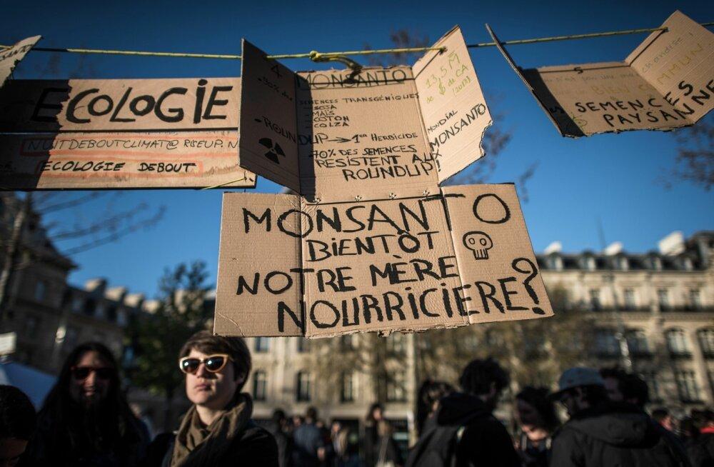 TOPSHOT-FRANCE-PROTEST-POLITICS-LABOUR-REFORM