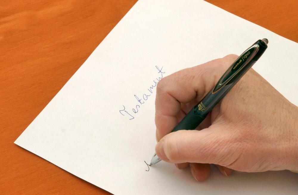 Kärgperede puhul soovitab notar teha varakult testament
