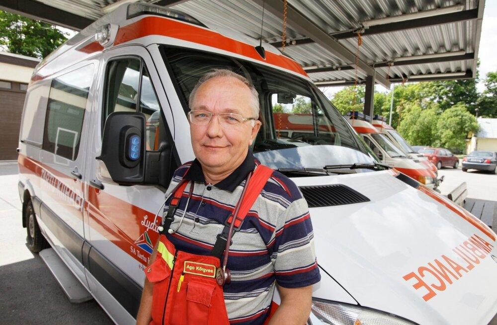 FAKTIKONTROLL | Kas maanteesünnituse pildid postitanud kiirabitöötaja kästi vallandada?