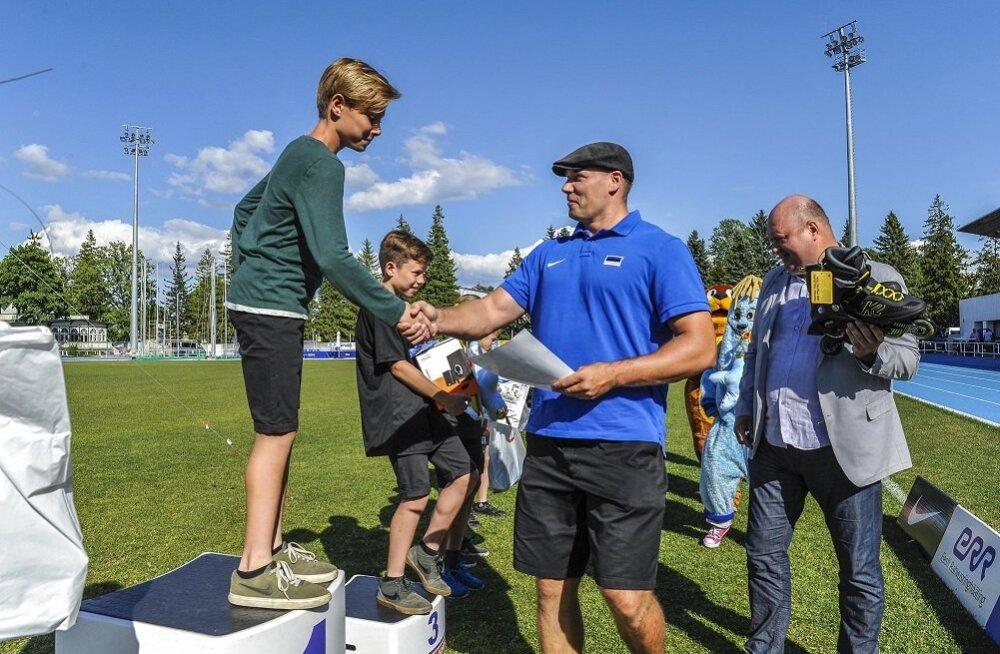 Gerd Kanter TV 10 Olümpiastarti autasustamisel