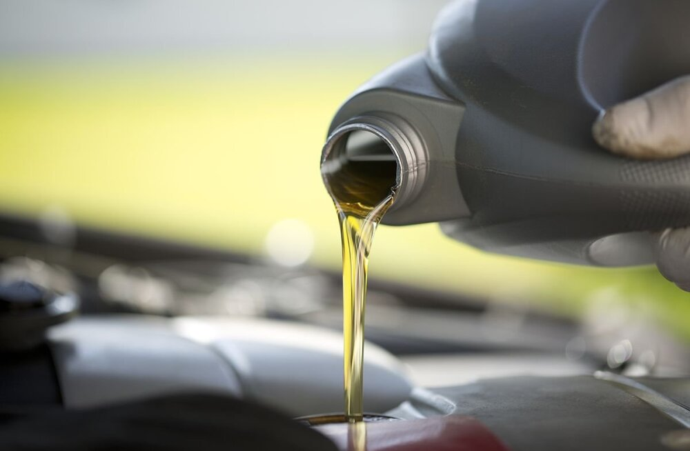 Autosõidu ABC: Kui tihti siis ikkagi mootori õlitaset kontrollida tuleks?