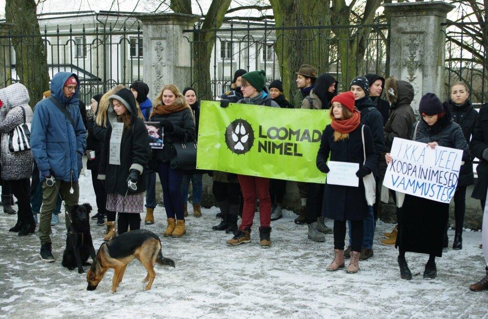 Meeleavaldus karusloomafarmide keelustamise kohta