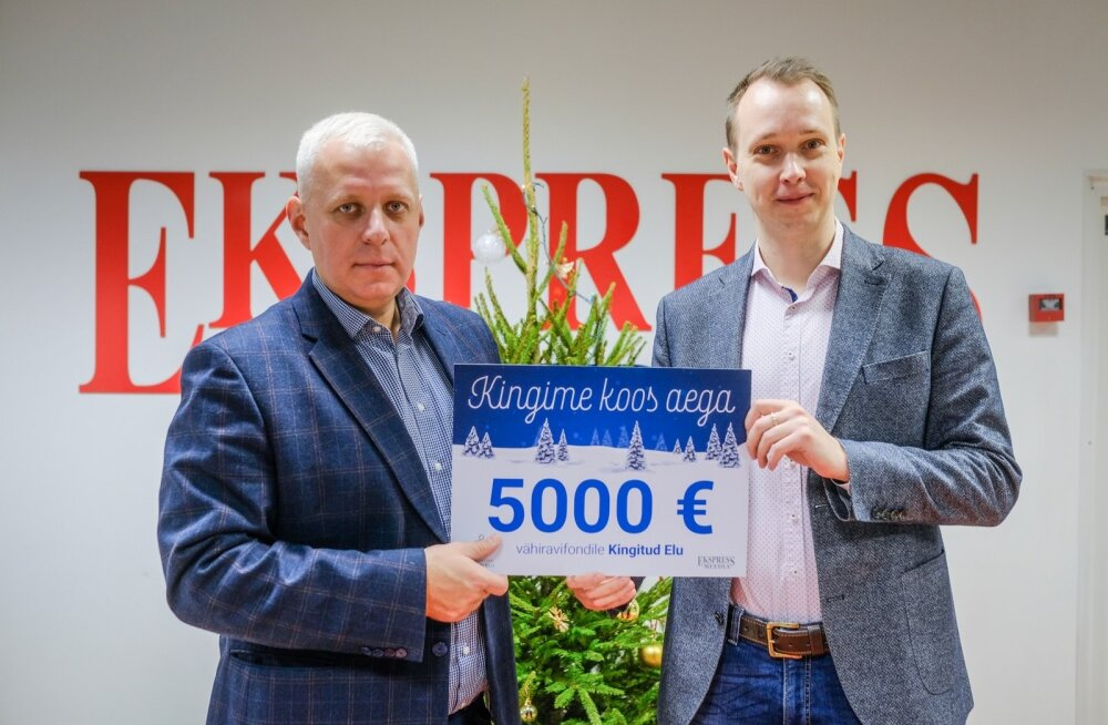 Urmo Soonvald andmas üle Ekspress Meedia annetust vähiravifondile Kingitud Elu
