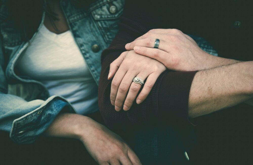 Pikaajalistes suhetes on sõprus äärmiselt oluline, et mitte öelda otsustav