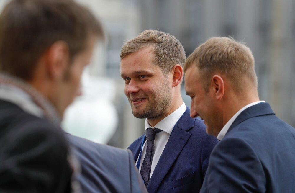 Holsmer: Keskerakonna jutt pensionide suurest tõstmisest pole usutav
