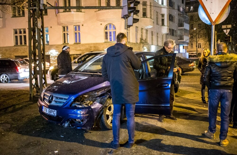 Kreutzwaldi ja Raua ristmiku õnnetus