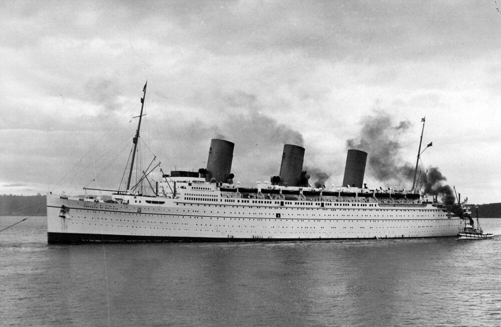 KATKEND RAAMATUST | Suurima Teises ilmasõjas uputatud reisilaeva Empress of Britain saatus ja hukk