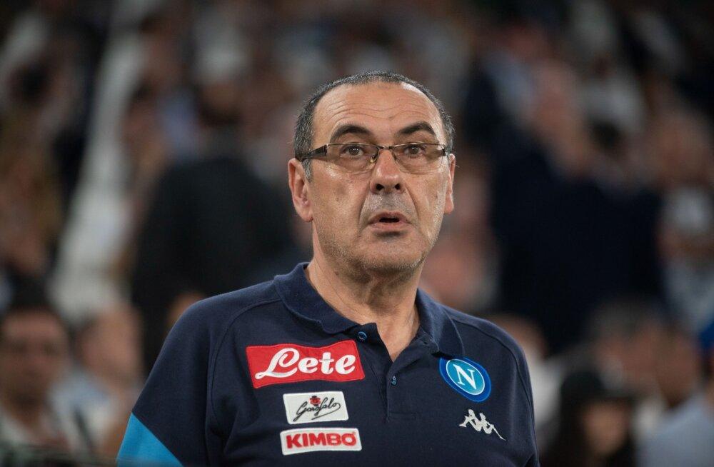 Napoli klubi president: Maurizio Sarrist saab uus Chelsea peatreener