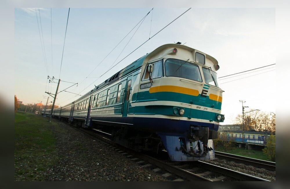 KALLIVÕITU ÜHENDUS | Palju maksab raudteeliiklus?