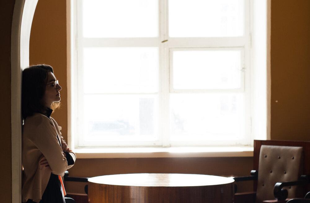 Liisa Pakosta soovitus naistele: kui töö juures vaadatakse sulle ootavalt otsa, et kohvi oleks vaja teha – ära tee!