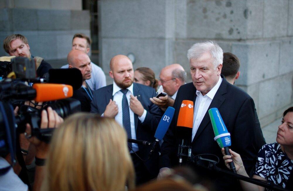 Saksamaa lõhenenud valitsuskoalitsioon saavutas uue sisserändekokkuleppe: transiidikeskusi ei tule