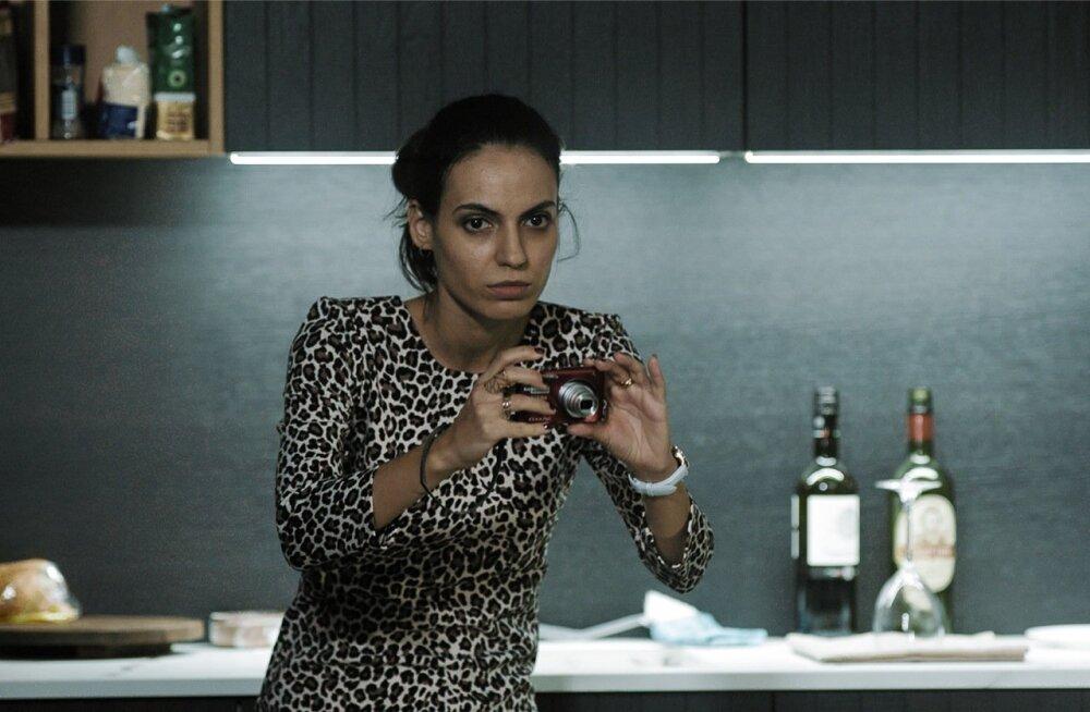Filmi sarm on näitlejanna Lana Vatseli kanda.