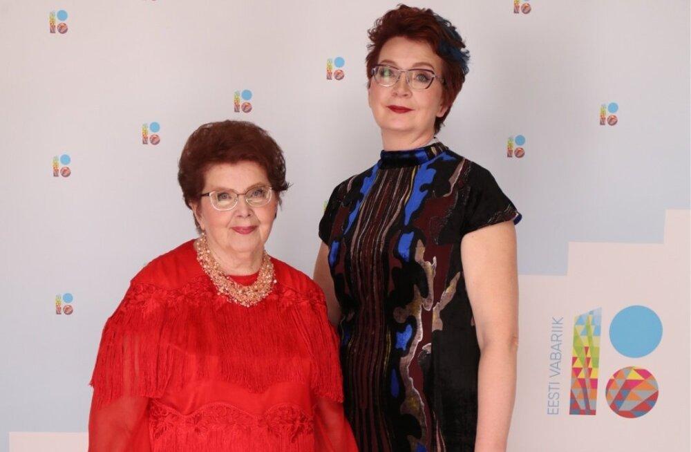 ФОТО: Яна Тоом сводила маму на президентский прием