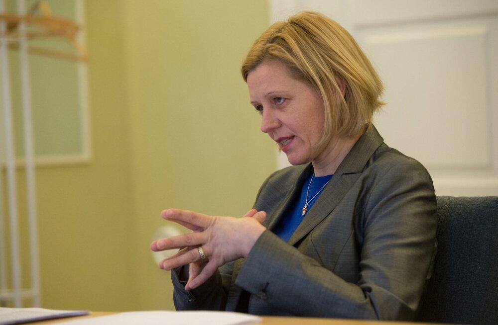 Annely Akkermann katuserahadest: valitsuse süüdimatu rahakülvamine nõuab maksumaksjalt muljetavaldavat tööpanust