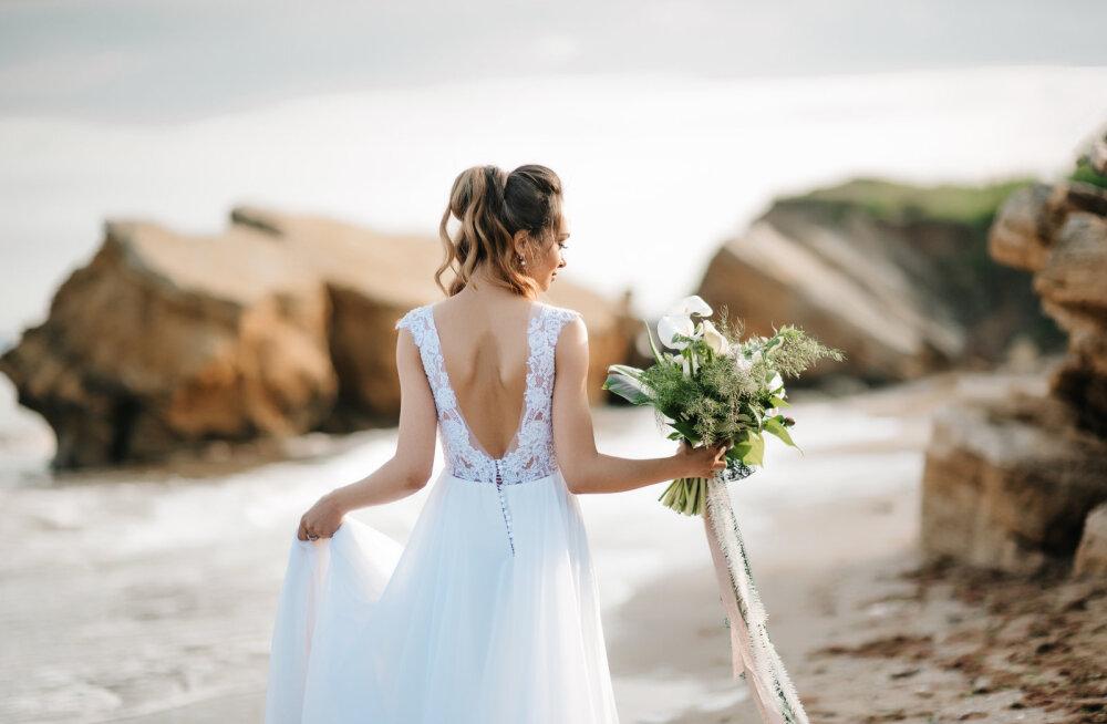 Секс между женихом и невестой