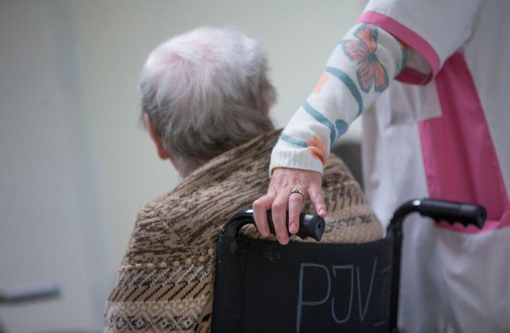 VIDEO | Arutelu riigikogus: eakate hoolduseks tuleb suunata protsent igaühe palgast