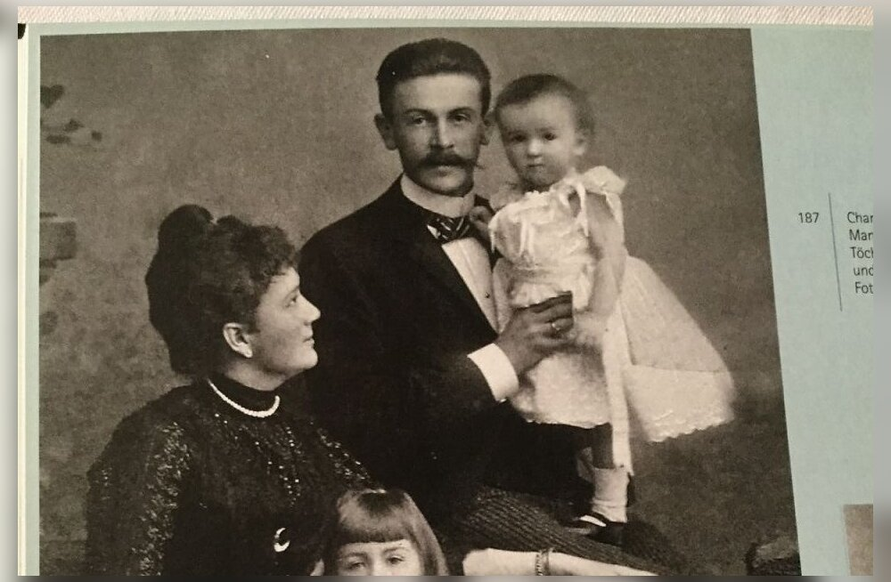 Von Buxhoevedenide abielupaar oma kahe lapsega