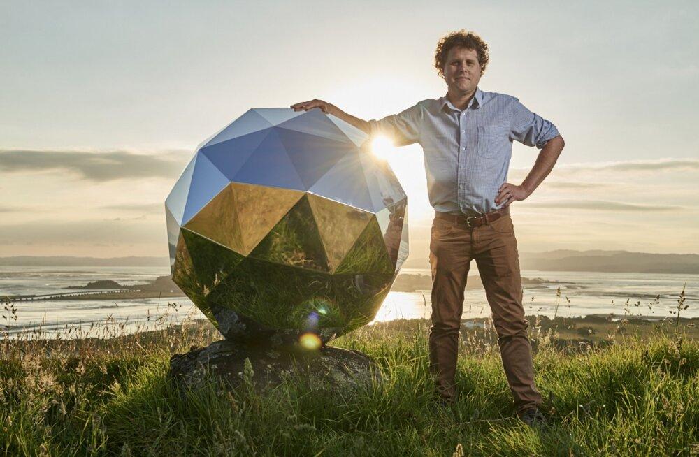 Astronoomid nördinud: Uus-Meremaa raketifirma toimetas orbiidile hiiglasliku diskopalli