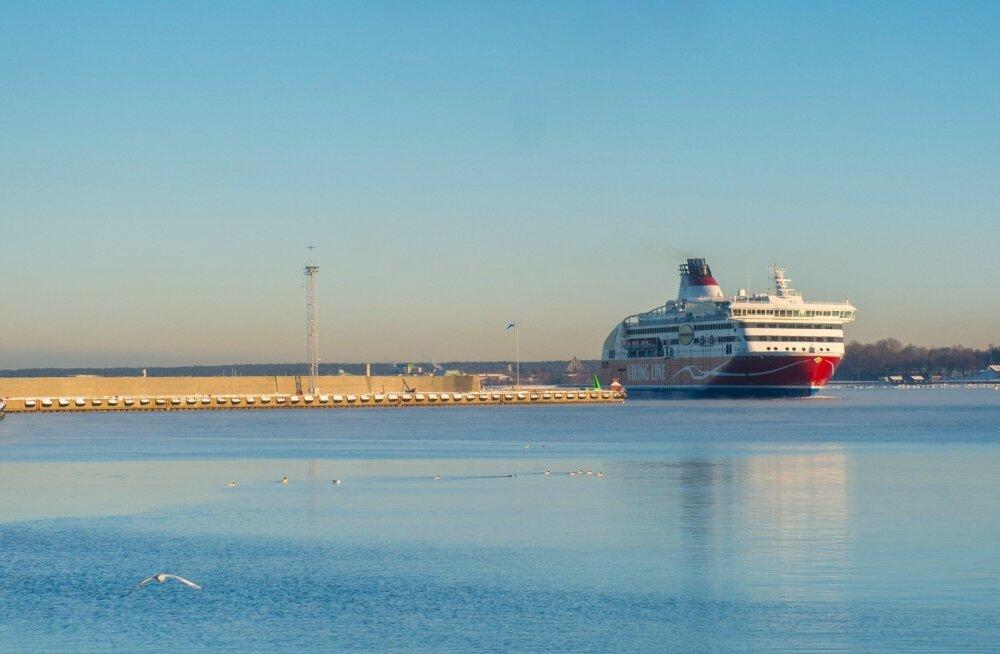 Viking XPRS saabub esimest korda Eesti lipu all Tallinna sadamasse