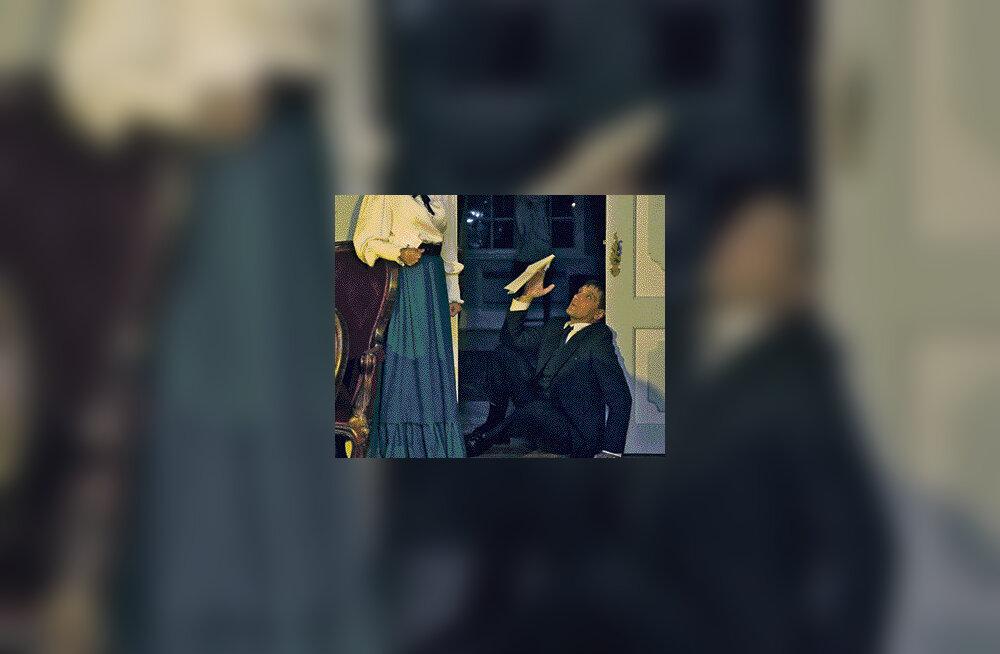 Anne Veesaar toob Palmse mõisa briti staarnäitleja sära