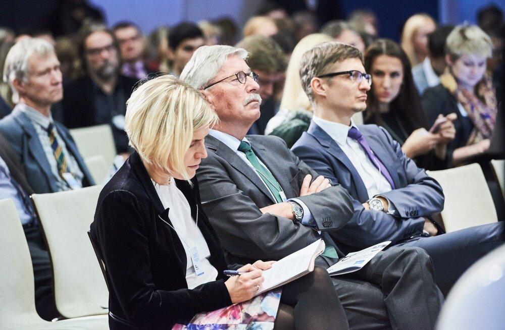 Õiguskantsler Ülle Madise ja Saksa publitsist Thilo Sarrazin (Madise kõrval) eelmisel nädalal Tallinnas toimunud inimõiguste konverentsil