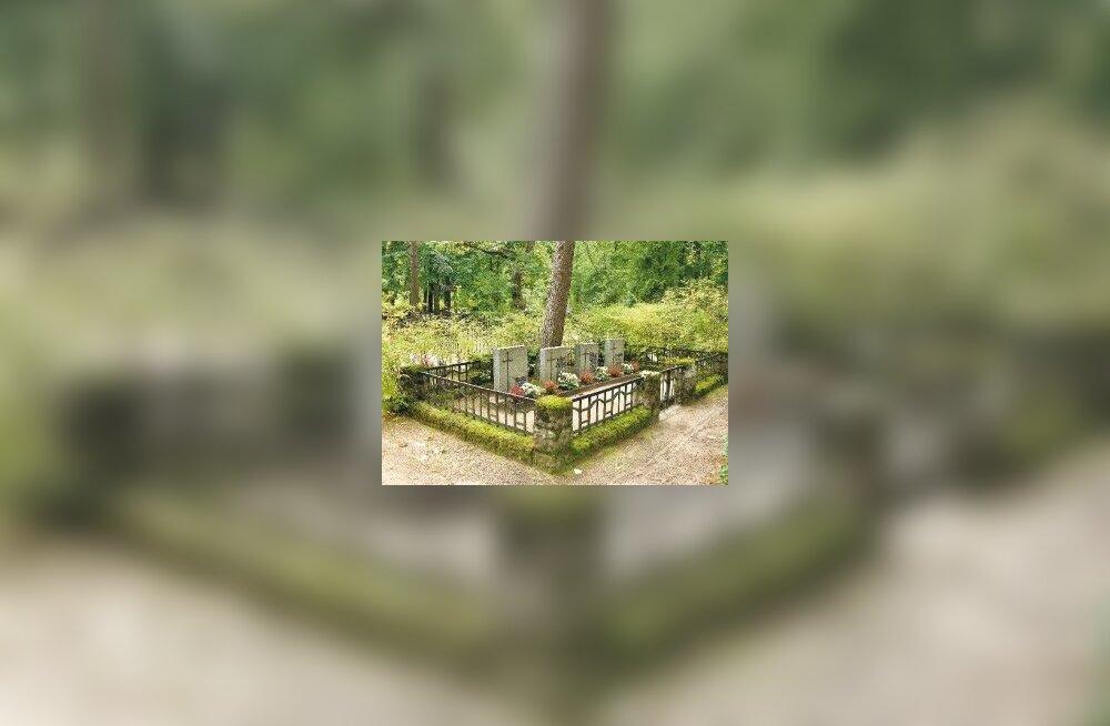 Kuidas korrastada unarusse jäänud hauaplatsi