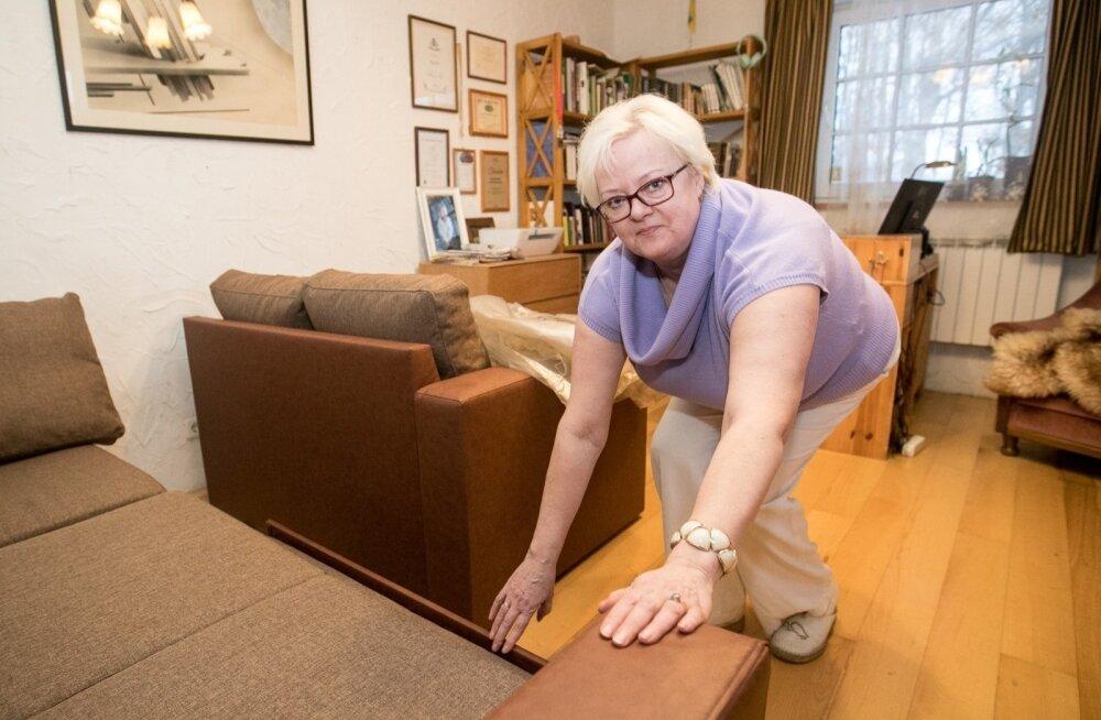 ФОТО: Заказ дивана в Hansapost обернулся для клиентки головной болью
