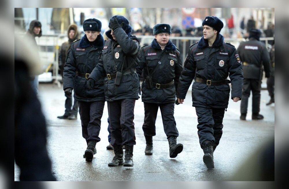 RUSSIA-POLITICS-JUSTICE-NAVALNY-VERDICT