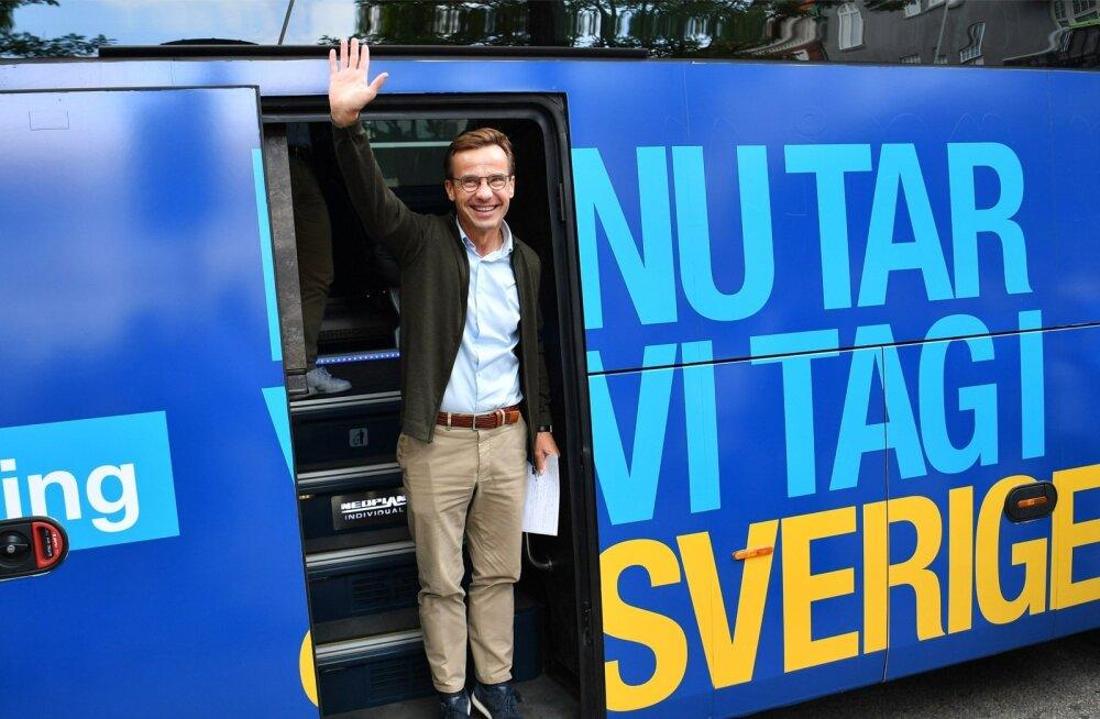 Kuigi sotsid saavad rohkem hääli, annaks populistide edu valitsusevõtmed moderaatide juhi Ulf Kristerssoni kätte.
