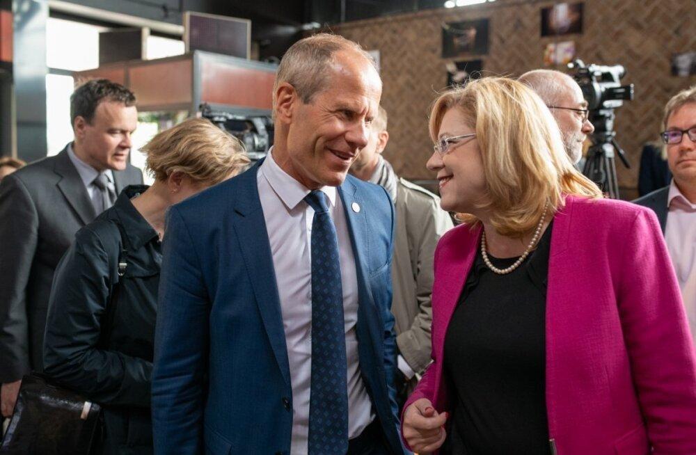 Rahandusminister Toomas Tõniste ja Euroopa Komisjoni regionaalpoliitika volinik Corina Crețu