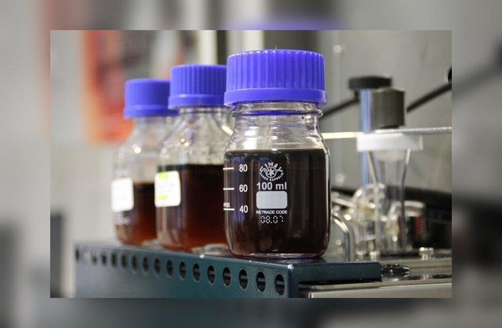 Eesti Energia õlitehas tootis esimese barreli põlevkiviõli