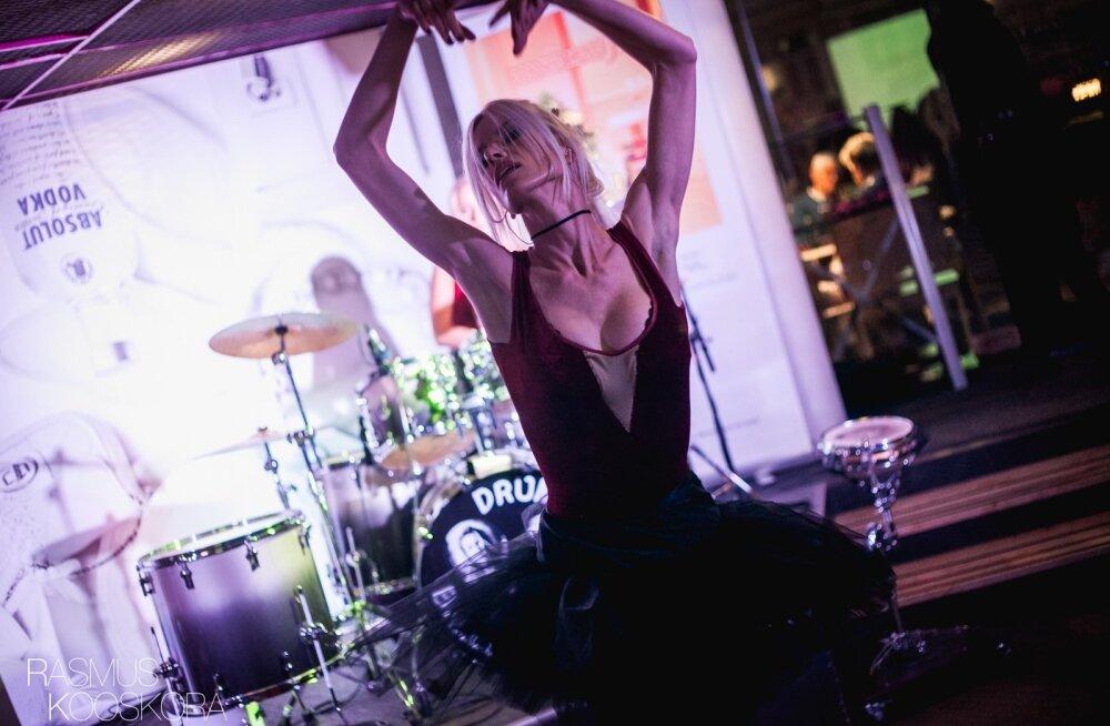 Drum & Ballerina sensuaalne ja pöörane trummishow Butterfly lounge'is