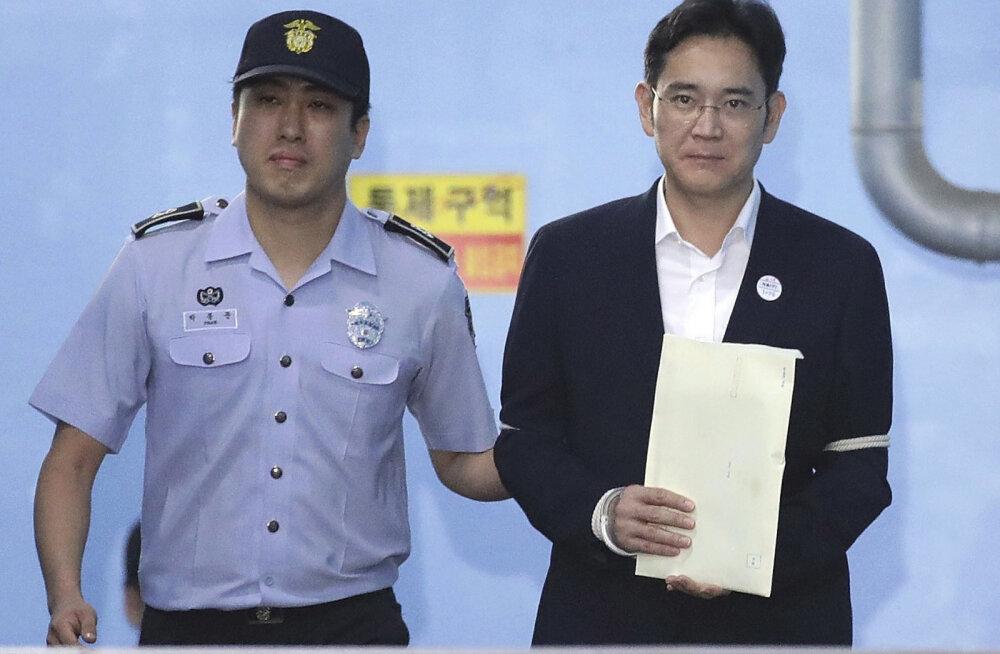 Samsungi elektroonikaimpeeriumi pärijale ja tegelikule juhile määrati viieaastane vanglakaristus